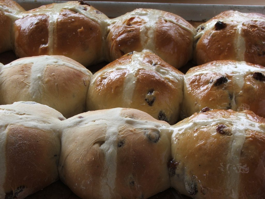 glazing buns